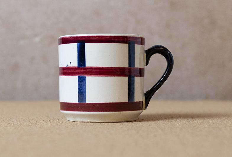 1920-30年代HBCM窯 バスク模様デミタスカップ&ソーサー